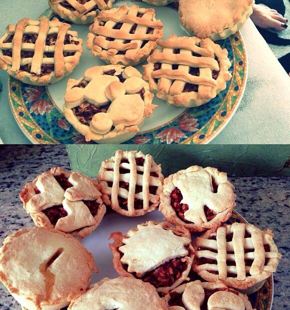 Apple pie , pastry , pie , baking , cooking , cusine , american cusine