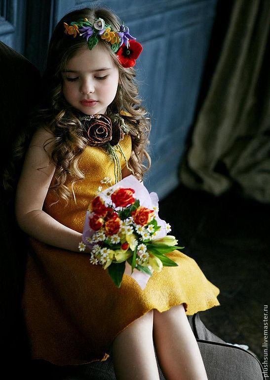 Валяное платье «Beautiful flower» - жёлтый, солнце, шафран, для детей, для девочек, войлок для детей, handmade felt dress for girl