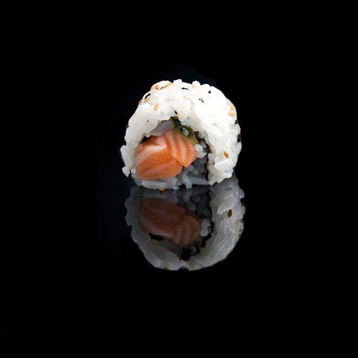 Salmon Avocado / salmon, avocado & sesame