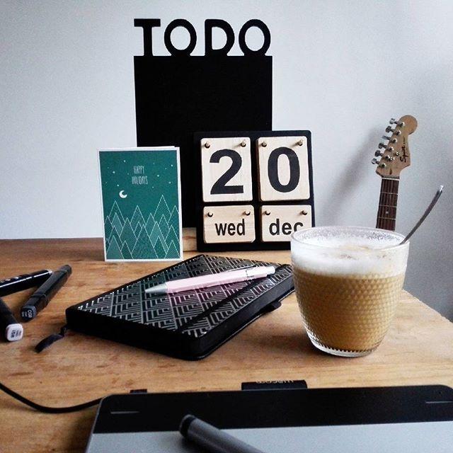 C O F F E E  O ' C L O C K !    Zo...vandaag weer vanalles op mijn TODO-lijstje!    Eerst maar eens opstarten met een lekkere cappuccino!    Fijne dag allemaal!    #koffietijd #coffeeoclock #butfirstcoffee #kerstkaart #todo #werkaandewinkel #worktodo #goedemorgen #goodmorning #eerstkoffie #koffiemoment #wacom #cappuccino