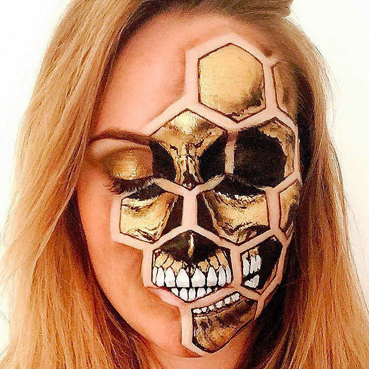 Gold Honeycomb Skull  A challenging exercise in perspective painting. For any of you who have attempted to paint a flat geometric pattern on top of a non flat surface (a face) you will know that the shapes only make sense from the angle in which the picture is taken. In reality- these are not hexagons. Chameleon Face paints with Mehron Metallic Powder in Gold from @tiltmakeup #artoftheday #skullart #skulltress #skullmakeup #amazingmakeupart #gold #goldskull #honeycomb #skull #makeupaddict…