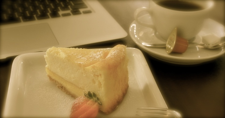 At Freeman Cafe.  This cheesecake is so yummy♥
