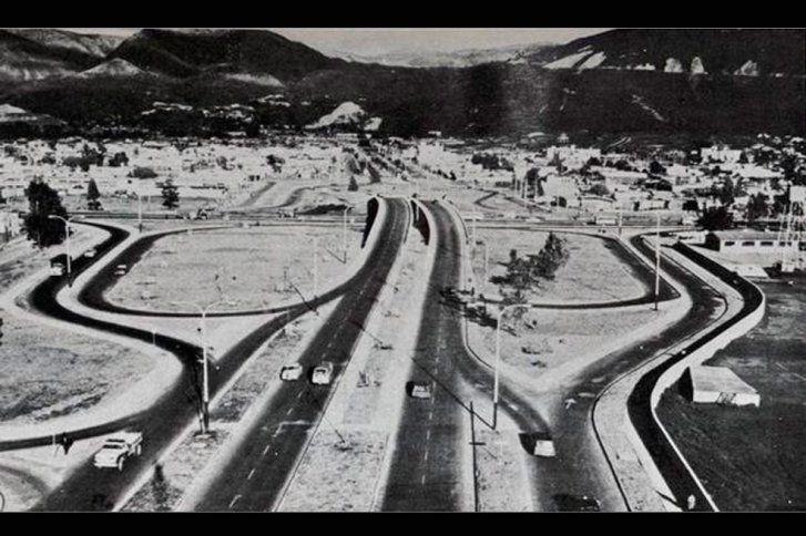 Santafé de Bogotá - Vista aérea de la calle 100 con Autopista Norte en 1962.