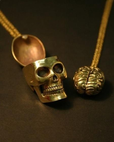Best Friends Necklace…haaa! Danielle Puccio