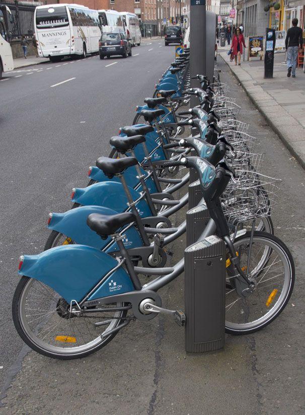 ¨Witte fietsen¨ in Dublin
