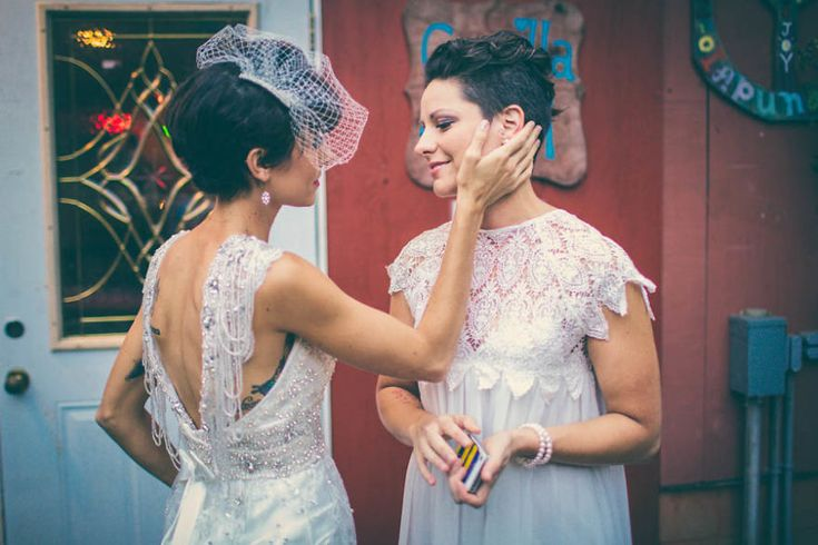 10+ Emotional Same Sex Wedding Pics That Will Hit You Right In Your Soft Spot