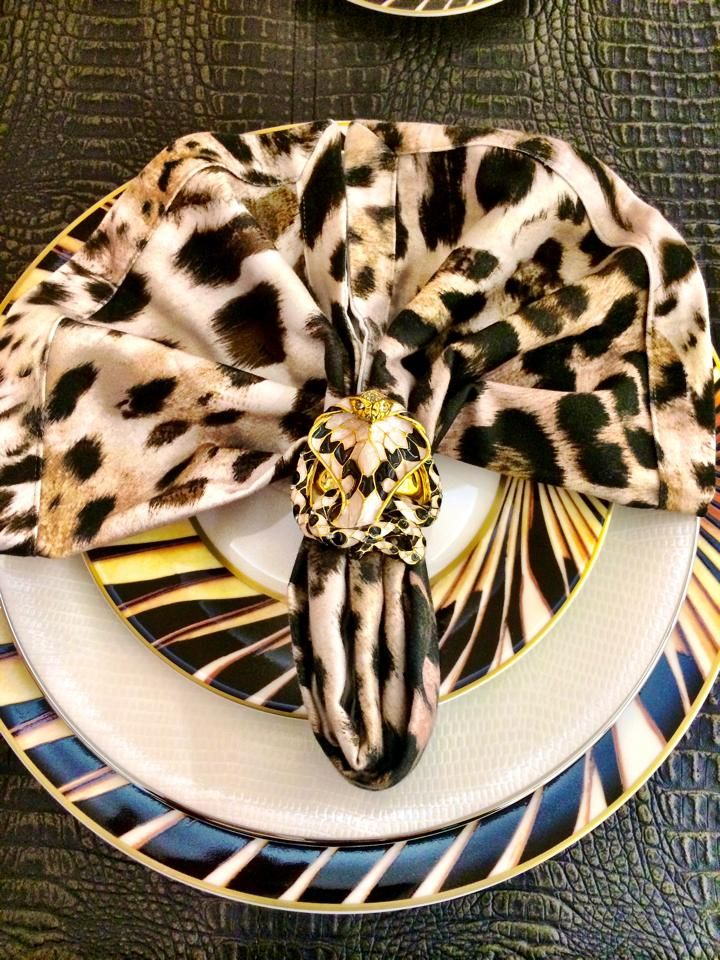 COBRA - Napkin Holder   Available at Palazzo Collezioni Boutique Sydney #robertocavalli #luxury #interior #sydney #follow #homedecor #madeinitaly