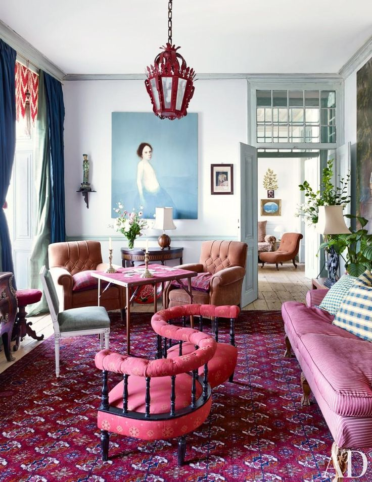 Traditional Living Room by Pedro Esprito Santo in Lisbon, Portugal