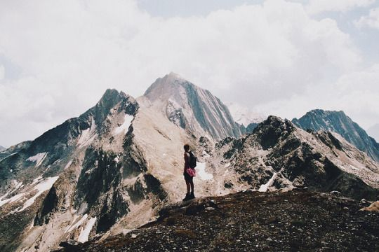pinterest @lilyosm | someone take this picture of me | mountains sky hiking person artsy backpacking backpacker sky grey pose travel trip photography picture photo instagram