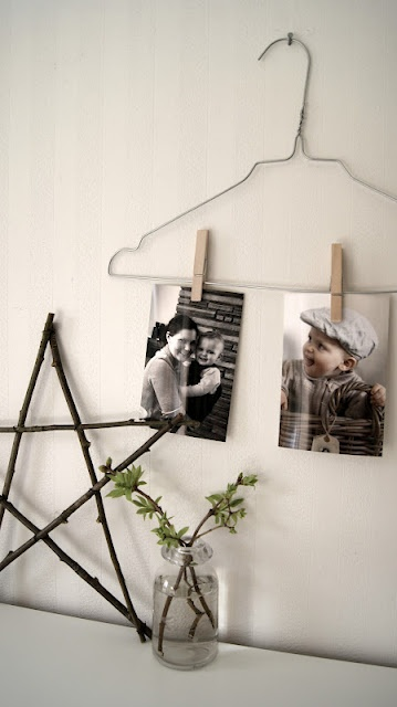Simple and cute way to display pics.