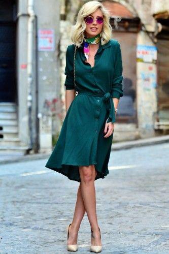 Ασύμμετρο φόρεμα σε πράσινο χρώμα, εντυπωσικό και άνετο! Κομψό, ιδιαίτερο και στυλάτο! Κλείνει μπροστά με κουμπιά, ζώνη. Μακρυμάνικο και ασύμμετρο. Υπέροχο σχέδιο! Αναδείξτε την θηλυκή σας πλευρά! Καταπληκτικό φόρεμα! Ακαταμάχητα εντυπωσιακές! Κομψό φόρεμα για ξεχωριστές στιγμές!    Μεγέθη : Large  Χρώμα : Πράσινο  Σύνθεση : 65%PES 30%VIS 5%EL