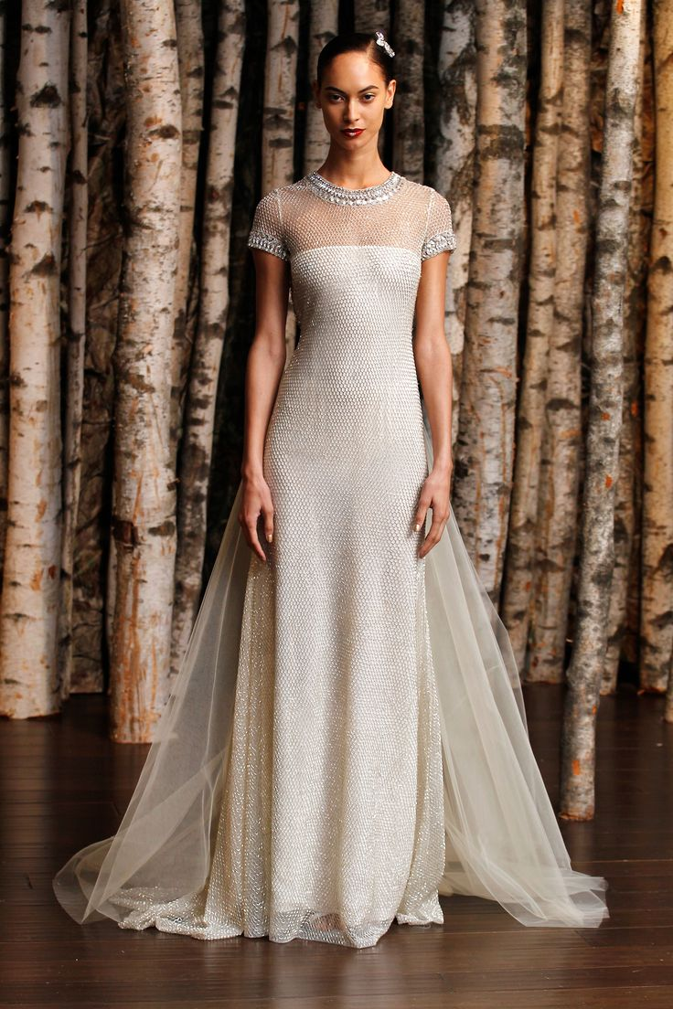 Best in Bridal: Spring 2015 Naeem Khan  http://www.hawaiianweddings.net #weddingdresses #harpersbazaar #springfashionweek