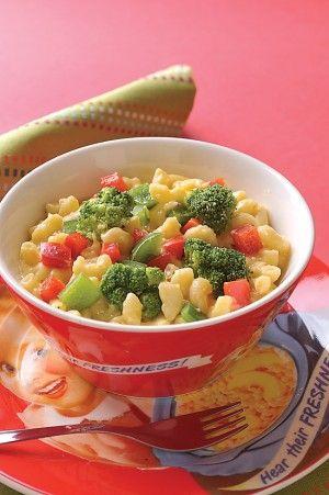 Macarrones con queso y brócoli