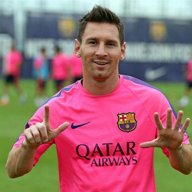 The king has reach to 7 million fans on Instagram❕ #messi #leo #LeoMessi #soccer #futbol #FCBarcelona #barcelona #FCBlive #igersFCB #allinornothing #fcb #barça #follow #animomessi #lapulga #adidas #leomessclub #lamasia #tb #cule #tbt #beast  #masqueunclub #10 #messifans101@leomessi IG partners: @messifans101 @fcbsuarez @barcastagram @munir31haddadi