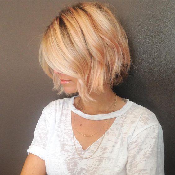 Una fotogallery - e tantissimi consigli - su come poter portare i capelli corti in questo inverno, richiamando alla mente i pixie cut!