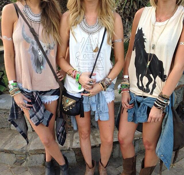 www.countrycruising.com  Fashion ideas for the BEST Country Cruise EVER!!! Book now for Jan. 2017 cruise | #countrymusiccruise #countrymusicfashion #countrymusic