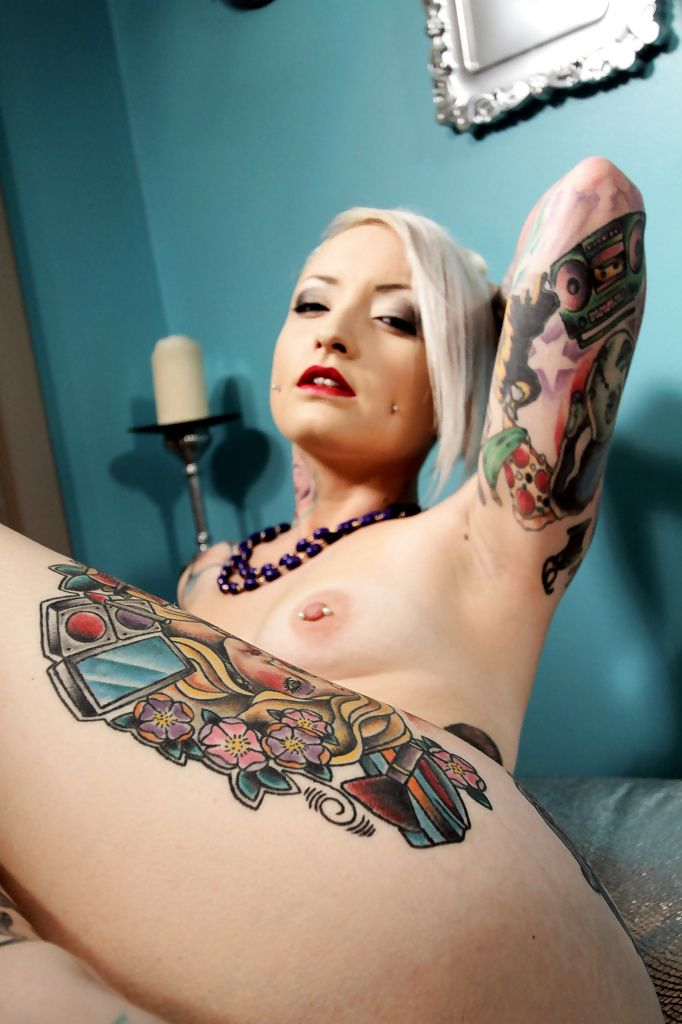 more of tattooed nude model vany visious gt photo 4 vany vicious