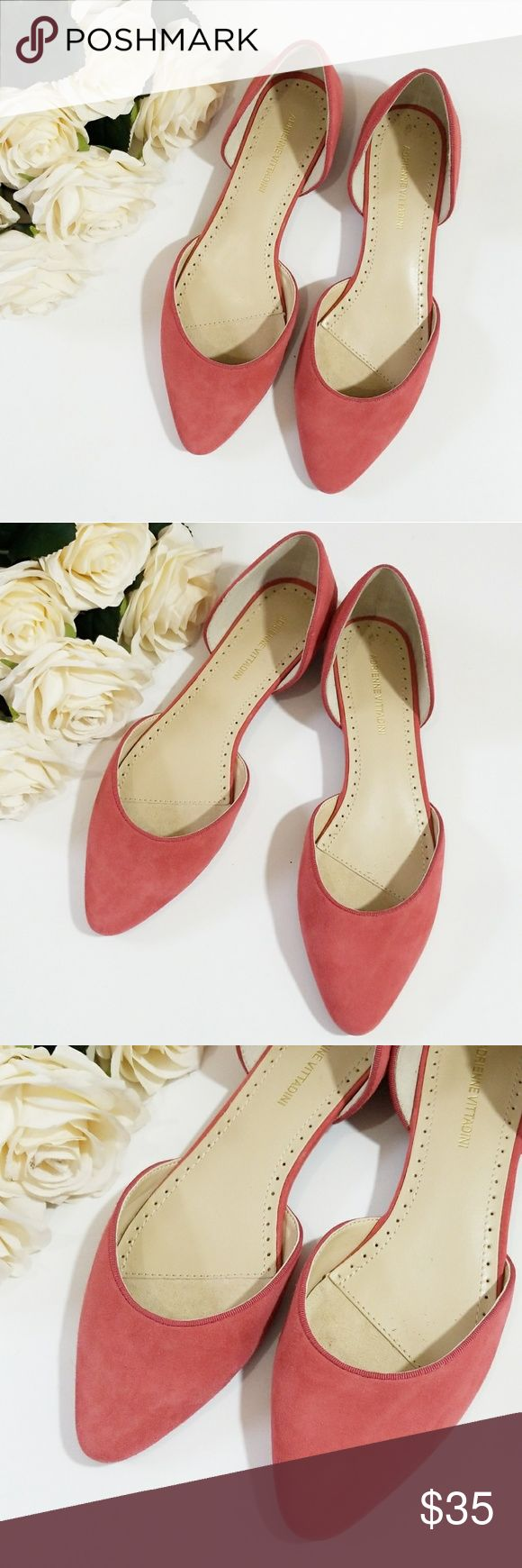 Adrienne Vittadini Flats Cute Adrienne Vittadini Flats. Size 7.5. Excellent Pre-Owned Condition! Adrienne Vittadini Shoes Flats & Loafers