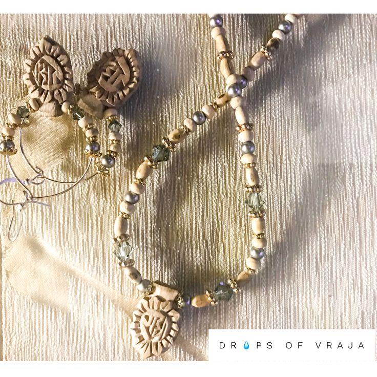 #sudarshanchakra #chakra #jewelry #devotional #jewelry #dropsofvraja  #tulsi #krishna #radha #beaded #pearls #earthy #hippie #sriradha #mala #iskcon #vrindavan