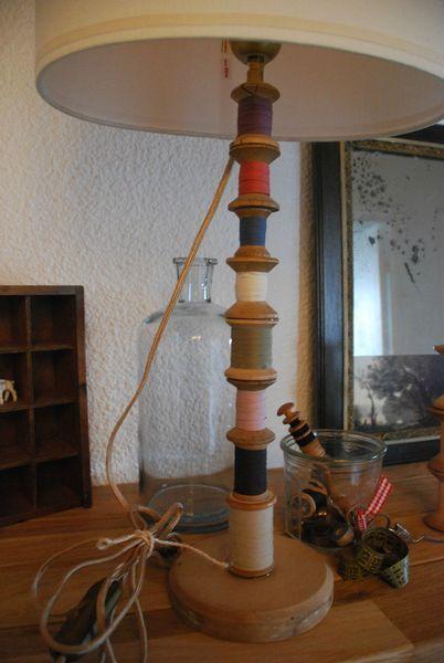 17 meilleures id es propos de vieilles lampes sur pinterest peindre des abat jours - Pied de lampe en bois brut a peindre ...