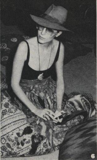 Elsa Peretti. love this hat, tank & flowy skirt look. Classy/hippy