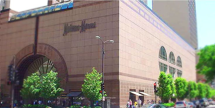 Neiman Marcus-Michigan Ave. (#019), freestanding, 737 North Michigan Avenue, Chicago, IL (1984, SF: 188,000)