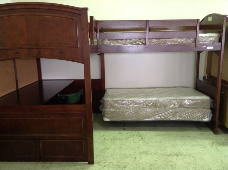 Full twin l shaped loft bed w desk 750 consignment for Futon and mattress world tulsa
