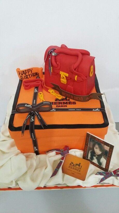 Hermes cake