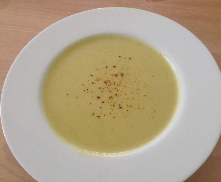 Rezept Zucchinisuppe mit Kokosmilch von Kechriweiss - Rezept der Kategorie Suppen