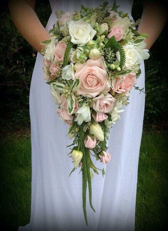 64 beste afbeeldingen over bruidsboeket druppel en for Idea garden monselice orari