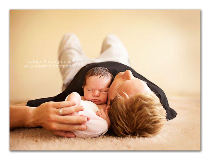 Newborn and DadNewborns Shoots, Photos Ideas, Newborns Pictures, Newborns Photos, Baby Daddy, Newborns Pics, Baby Photos, Newborns Photography, Newborns Poses