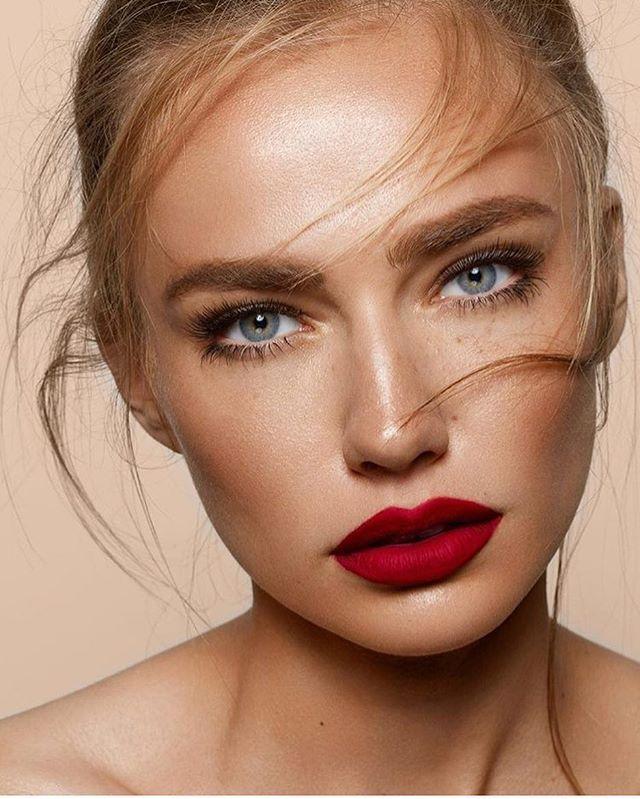 при фото макияжа с красными губами разъёмы отличаются высокой