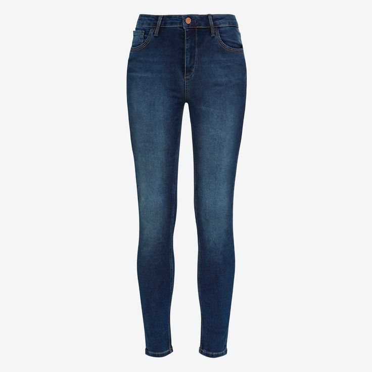New denim technology that sculpts and shapes, contouring your curves for an ultra slim streamlined silhouette.  Classic in features including 5 pocket construction. This is the new must have jean for the season and a staple that you need in your wardrobe. 70% Cotton 25% Polyester 5% Elastane