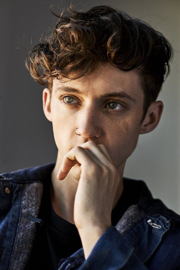 "Troye Sivan ""Kias one to watch"" photoshoot"