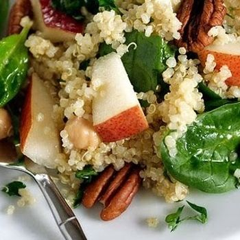 Pear, Quinoa, and Spinach Salad Recipe