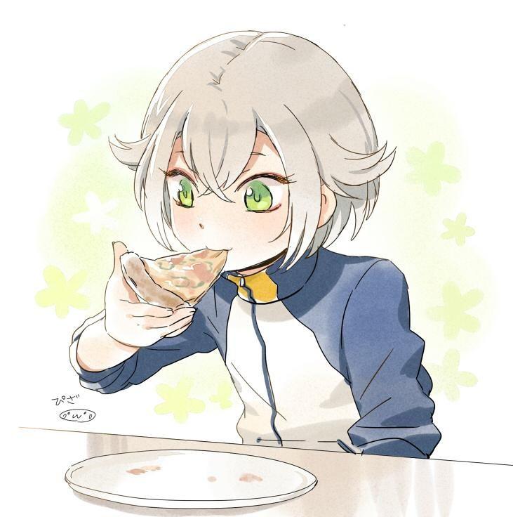 蛍丸ちゃん おこちゃまそうなので ピザとか好きかなぁなんて こんな