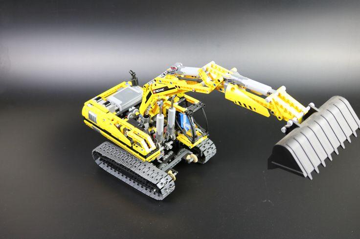 Lego Technic 8043 Raupenbagger