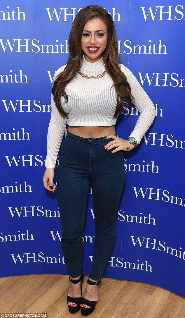 #HollyHagan dropped four dress sizes when she ditched fatty takeaways and booze for lean meat & veggies to lose #weight.