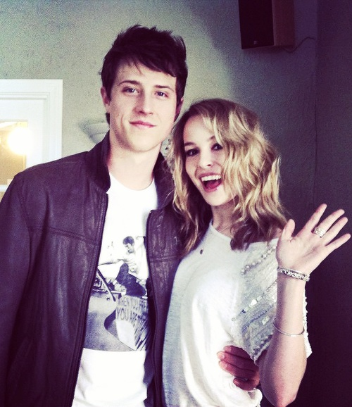 dating in your 30s united states: is bridgit mendler dating shane harper