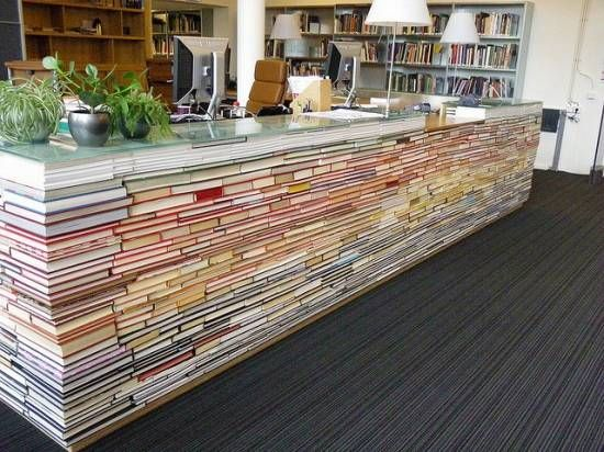 Great idea for a library desk.