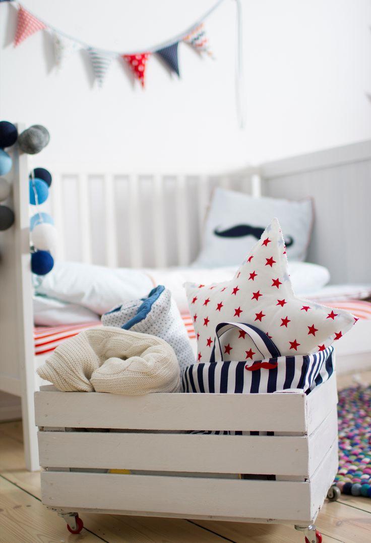 Kolekcja Marine/pościel dziecięca, poduszka z wąsem i organizer
