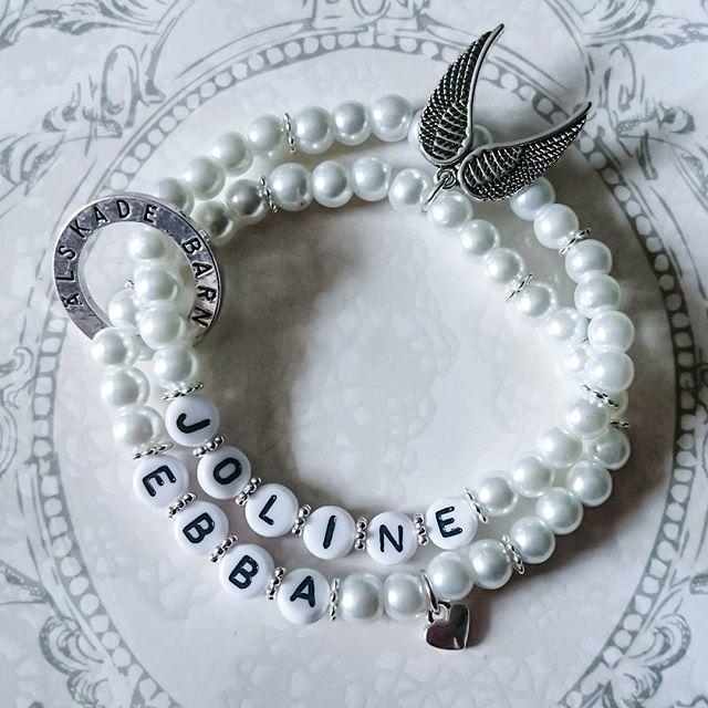 WEBSTA @ esmiliasmycken - Prisexempel 99kr fri frakt #personligt #personligaarmband #pärlarmband #handmadejewelry #smycken #mydesign #design #designer #jewelrydesign #designer #barn #smycketillverkning #pyssel #handmadejewelry #bracelet #namnarmband #handmade #pearls #handgjort #armband #änglar #madebyme #bloppis #mamma #mormor #mode #silver #tillsalu #jewelrymaking #shopping #viärallapysselmorsor #tillsalu #braceletstacks