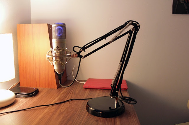 Very clever idea... IKEA Hackers: Adjustable Desktop Microphone Boom on a budget