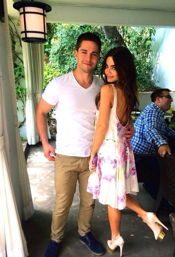 Glee's Dean Geyer Is Engaged to Code Black Actress Jillian Murray #geyer #engaged #black #actress #jillian #murray