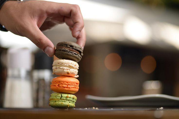Macaron LUBO από τα χέρια του pastry Chef Θέμου Ρήγα και της ομάδας του.