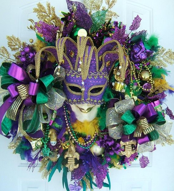 Mardi Gras Wreath...must have!