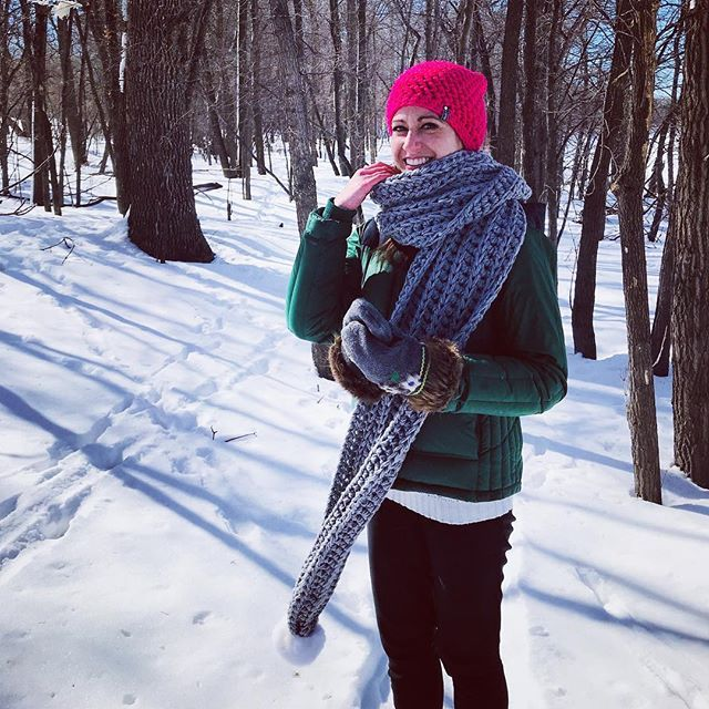 The outdoor photoshoot was so much fun this week! Got some pretty funny candids of Brooke too! Today Ill be working on editing these photos and getting the new iHat v5 beanie listed online! What you up to today?      @etsy @etsyca #handmade #handmadelive #crochet #crochetersofinstagram #etsycanada #madeincanada #manitobamade #ourmakerlike #makestuff #crochetscarf #crochetbeanie #winterwear #crochetwear