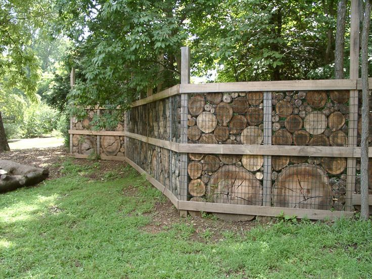 Stone Walls and Gabion Stone Fences– A Stylish Alternative for Beautiful Homes | http://www.designrulz.com/design/2015/07/stone-walls-and-gabion-stone-fences-a-stylish-alternative-for-beautiful-homes/