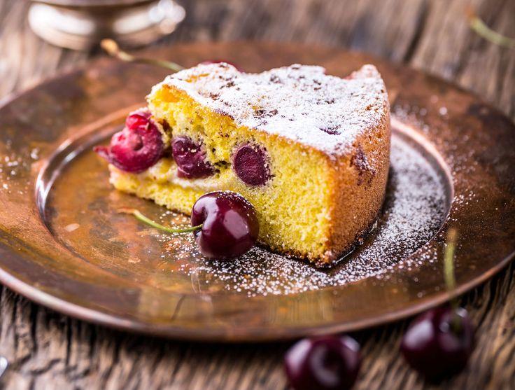 A klasszikus kelt meggyes sütit generációk imádják.