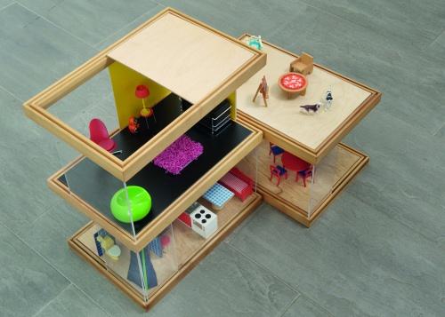 Modern dollhouse; Simplekoti